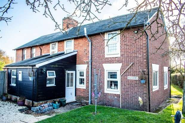 3 Bedrooms Semi Detached House for sale in Stambourne, Halstead, Essex