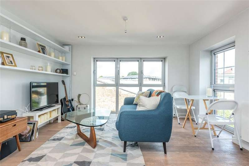 2 Bedrooms Apartment Flat for sale in Harmony House, Piano Lane, London, N16