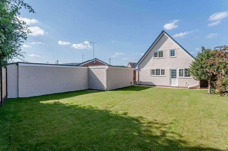 3 Bedrooms Property for sale in Lodgevale Park, Chirk