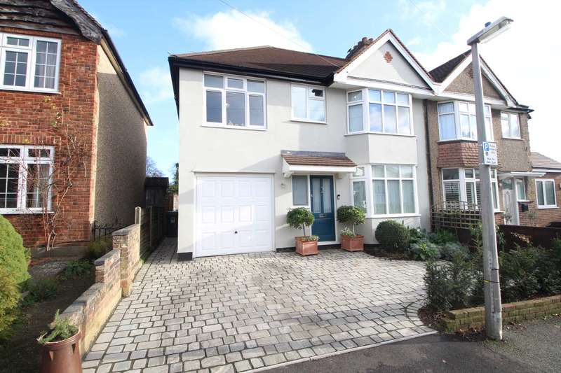5 Bedrooms Semi Detached House for sale in Boxmoor Village