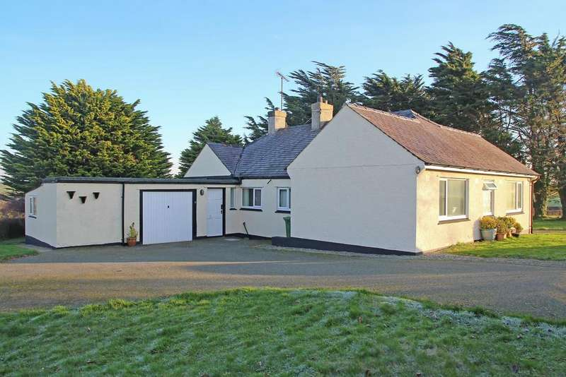 3 Bedrooms Detached Bungalow for sale in Dychwelfan, Llandyfrydog, North Wales