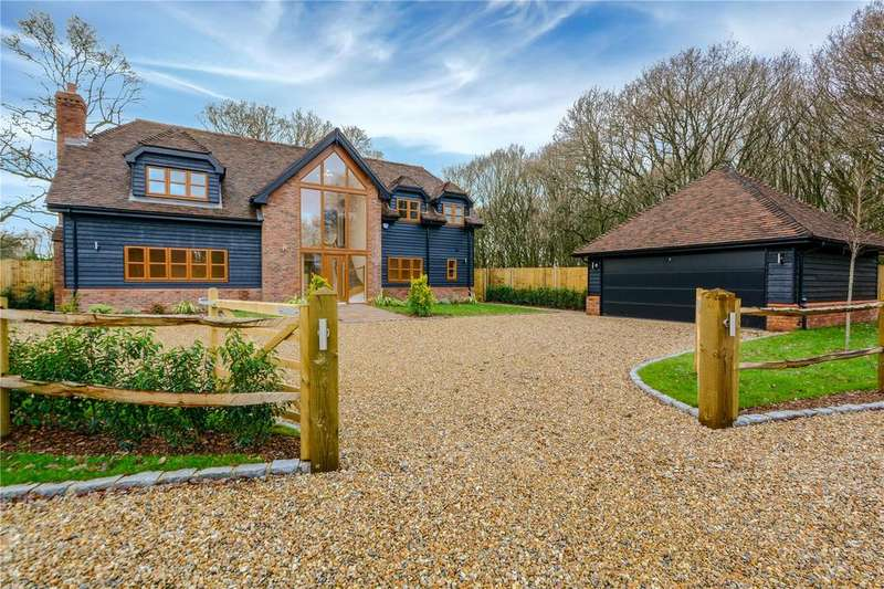 5 Bedrooms House for sale in High View, The Barracks, Hook, RG27