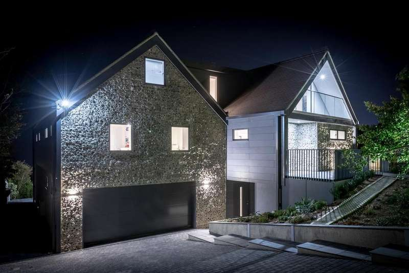 6 Bedrooms Detached House for sale in Roedean Crescent, Brighton