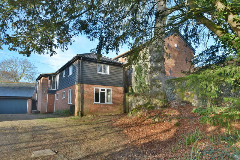 3 Bedrooms Detached House for sale in Denmark Street, Diss