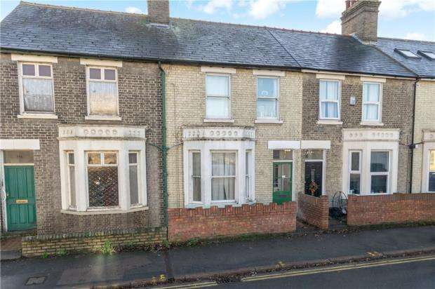 3 Bedrooms Terraced House for sale in Mill Road, Cambridge