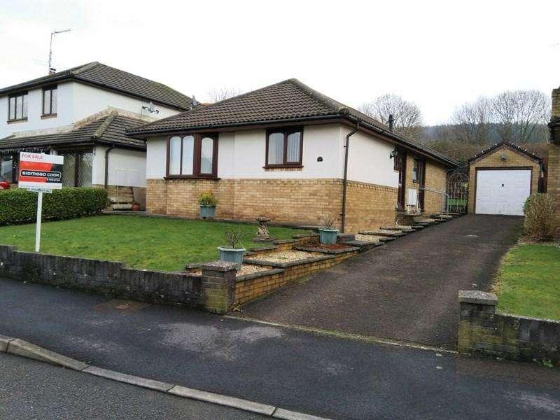 3 Bedrooms Detached Bungalow for sale in Plas Derwen View, Abergavenny