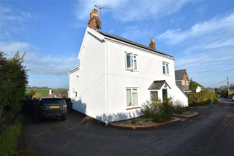 3 Bedrooms Detached House for sale in Holywell Lake, Wellington
