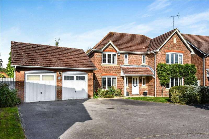 5 Bedrooms Detached House for sale in Rasset Mead, Crookham Village, Fleet, GU52