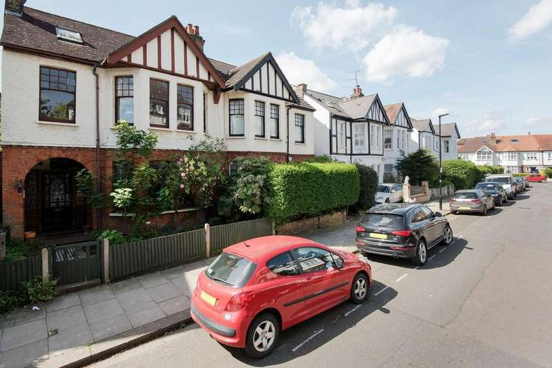 5 Bedrooms Semi Detached House for sale in Vaughan Avenue, Hammersmith