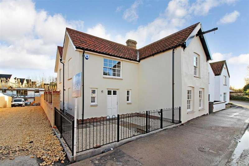 4 Bedrooms Detached House for sale in High Street, Burwell, Cambridge