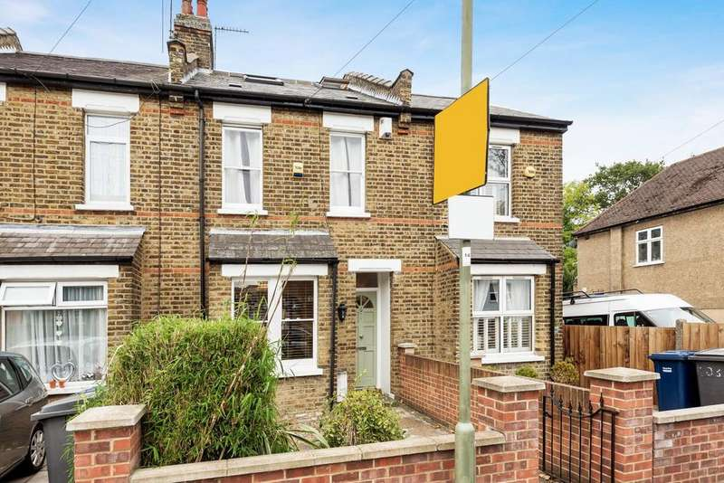 4 Bedrooms Terraced House for sale in Grove Road, North Finchley