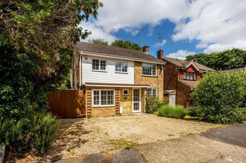 3 Bedrooms Detached House for sale in Dale Lodge Road, Sunningdale
