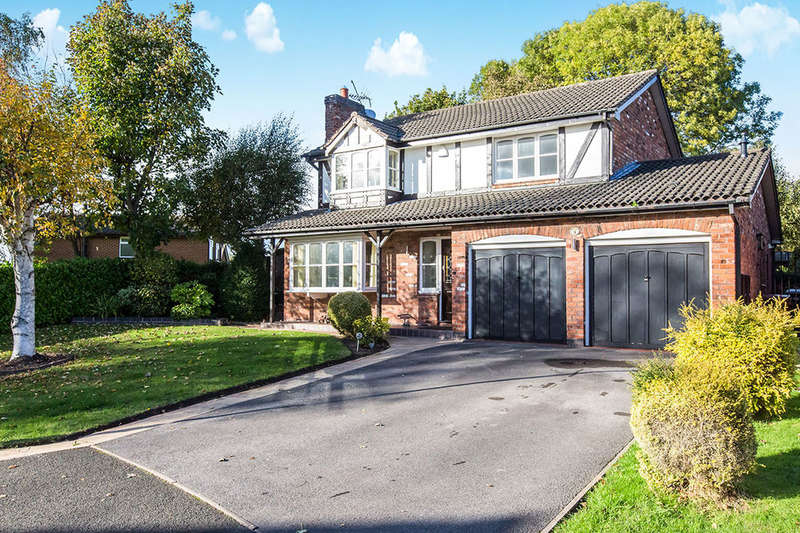 4 Bedrooms Detached House for sale in Ascot Close, Congleton, CW12