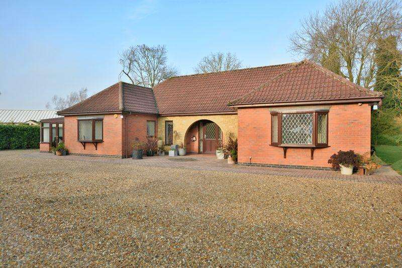 3 Bedrooms Detached Bungalow for sale in Rase Lane, Market Rasen