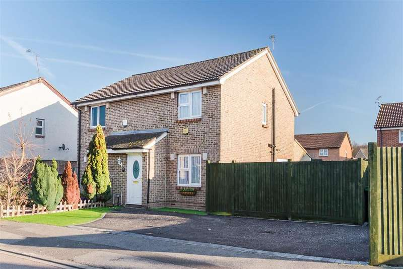 3 Bedrooms Semi Detached House for sale in Boveney Close, Cippenham