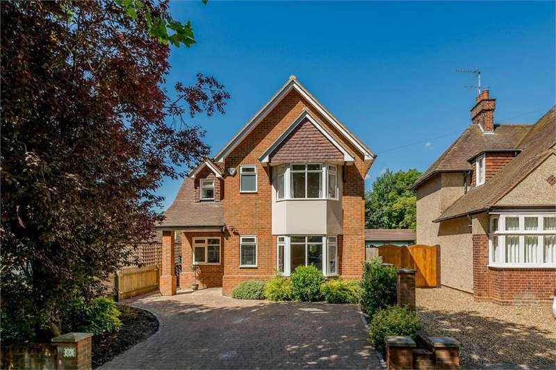 4 Bedrooms Detached House for sale in NEW BARNES AVENUE, ST ALBANS