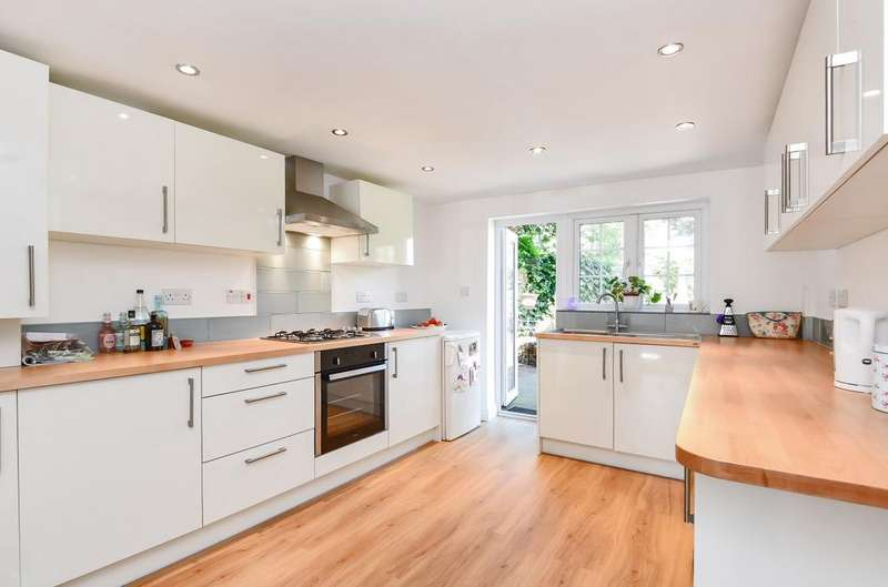 3 Bedrooms Detached House for sale in Links Lane, Rowlands Castle, PO9
