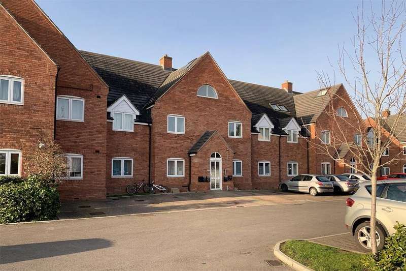 2 Bedrooms Flat for sale in St Barbaras Close, Ashchurch, TEWKESBURY, Gloucestershire