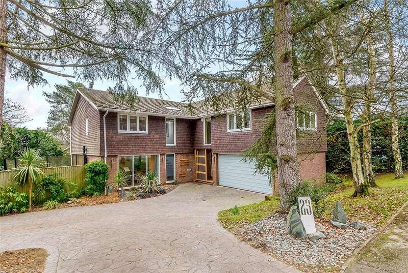 5 Bedrooms Detached House for sale in Dower Park, Windsor, Berkshire, SL4
