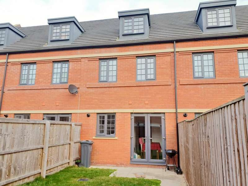3 Bedrooms Town House for sale in Wolsey Island Way, Off Abbey Lane, Leicester