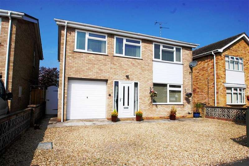4 Bedrooms Detached House for sale in Priestley Close, Kirton, Boston
