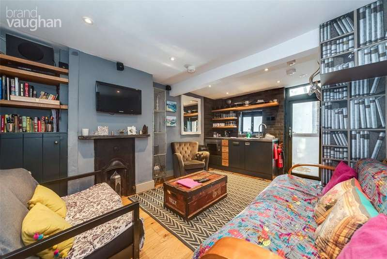 3 Bedrooms Terraced House for sale in Black Lion Lane, Brighton, BN1
