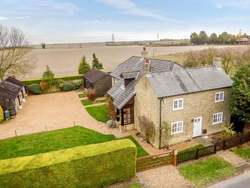 4 Bedrooms Detached House for sale in Mill Hill, Swaffham Prior, Cambridge