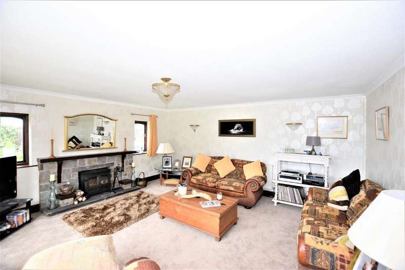4 Bedrooms Detached Bungalow for sale in Mains Lane, Poulton, Poulton Le Fylde, Lancashire, FY6 7LJ