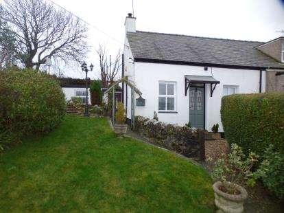 2 Bedrooms Semi Detached House for sale in Tan Y Felin, Coedana, Llannerch-Y-Medd, Anglesey, LL71