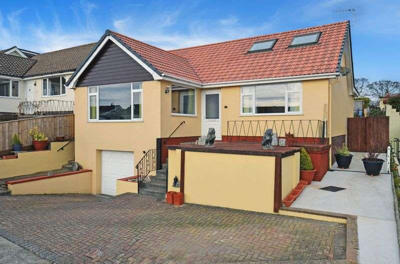 3 Bedrooms Property for sale in Dolphin Crescent, Paignton