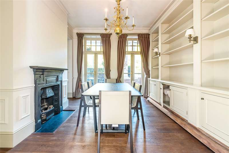 3 Bedrooms Flat for sale in Cyril Mansions, Prince of Wales Drive, London, SW11