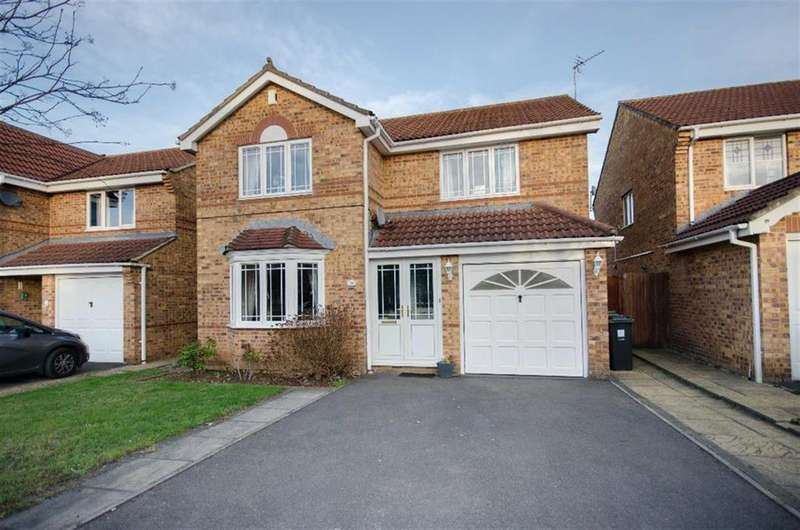 4 Bedrooms Detached House for sale in Guest Avenue, Emersons Green, Bristol, BS16 7GA