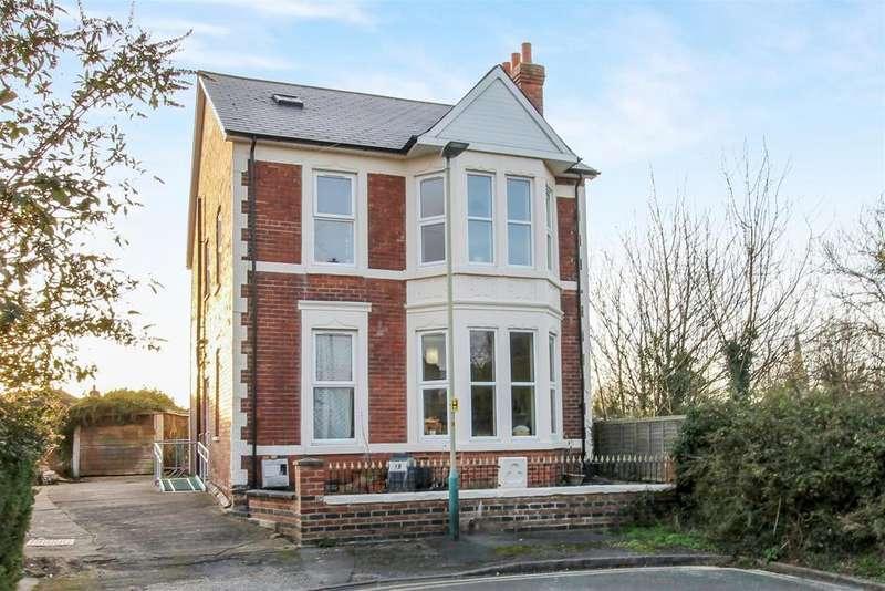 4 Bedrooms Detached House for sale in Kensington Avenue, Cheltenham