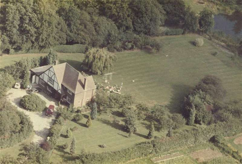 Land Commercial for sale in The Ridgeway, Potters Bar, Hertfordshire