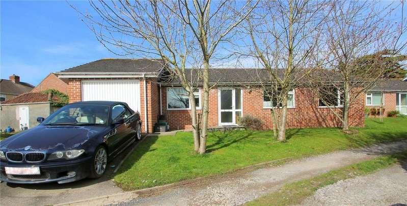 3 Bedrooms Bungalow for sale in Kings Head Lane, Uplands, Bristol, BS13
