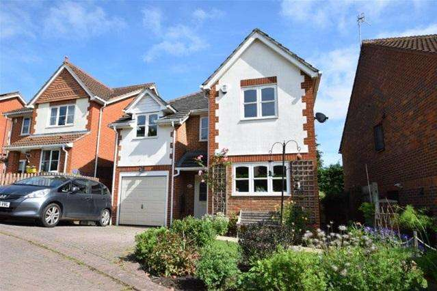 4 Bedrooms House for sale in Castille Gardens, Kings Langley
