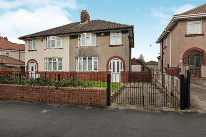 3 Bedrooms Semi Detached House for sale in Monks Park Avenue, Filton, Bristol, South Gloucestershire