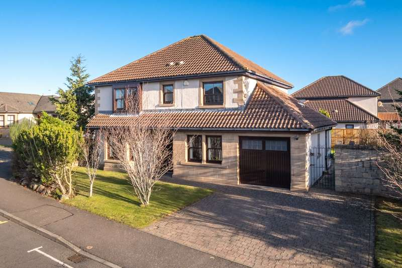 5 Bedrooms Detached House for sale in 1 Lumsden Crescent, St. Andrews, Fife, KY16
