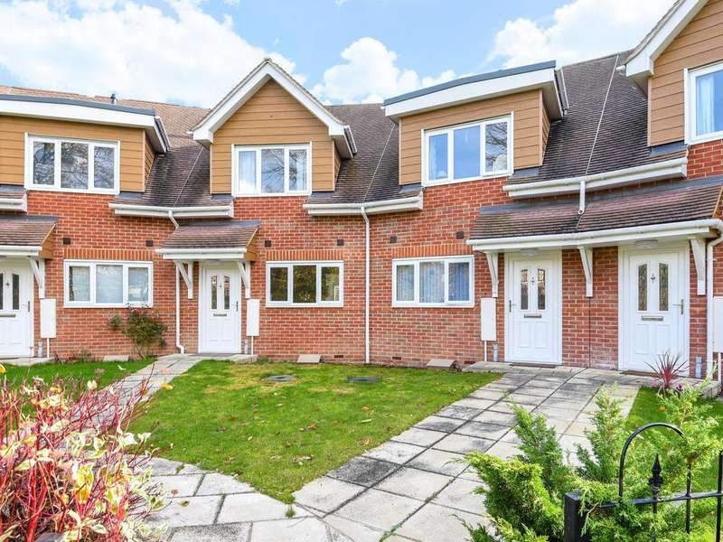 3 Bedrooms Terraced House for sale in Evesham Road, Emmer Green, Reading, RG4