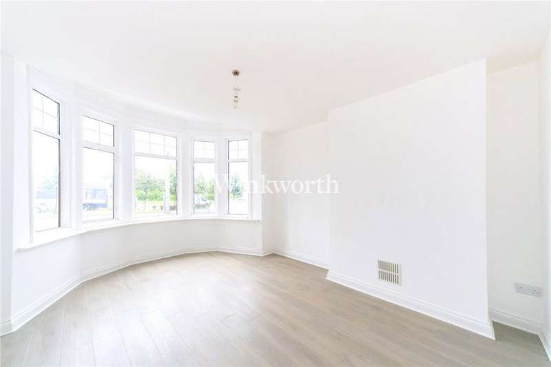 1 Bedroom Flat for sale in Bowes Road, London, N13