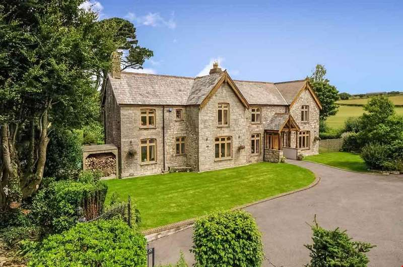 5 Bedrooms Detached House for sale in White Cross, Nr. Newquay, Cornwall