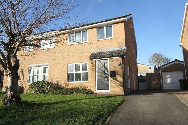 3 Bedrooms Property for sale in Exley Close North Common, Bristol