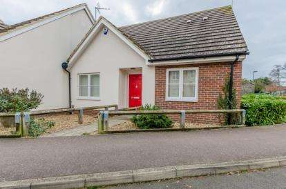 2 Bedrooms Bungalow for sale in Fulbourn, Cambridge, Cambridgeshire