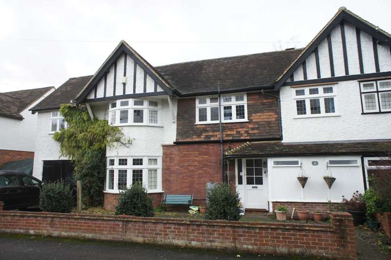 5 Bedrooms Semi Detached House for sale in Matlock Road, Caversham Heights