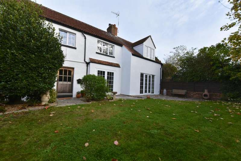 4 Bedrooms Detached House for sale in Roping Road, Yeovil, BA21