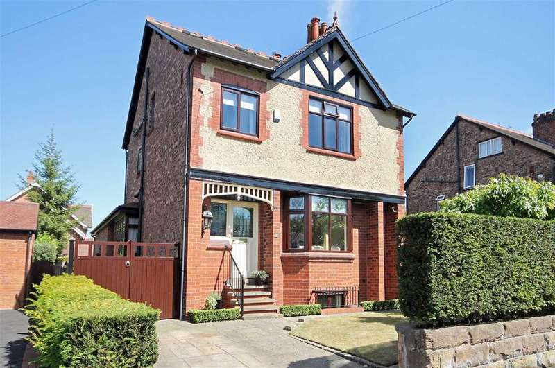 4 Bedrooms Detached House for sale in Clarence Road, Hale, Cheshire