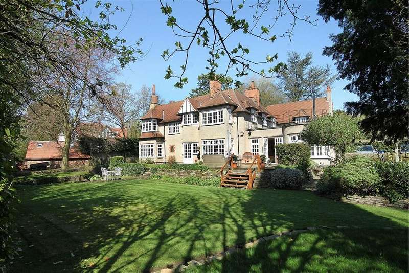 5 Bedrooms Detached House for sale in Arthog Road, Hale, Cheshire