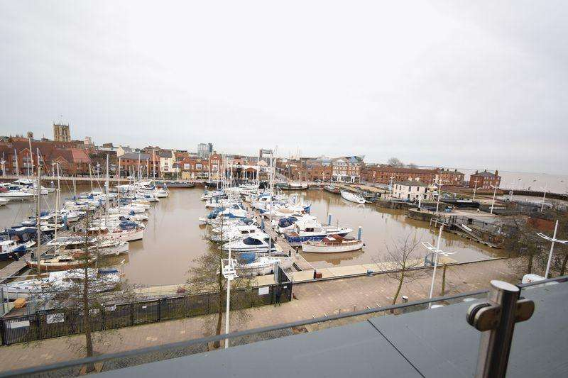 2 Bedrooms Apartment Flat for sale in Freedom Quay, Railway Street, Hull