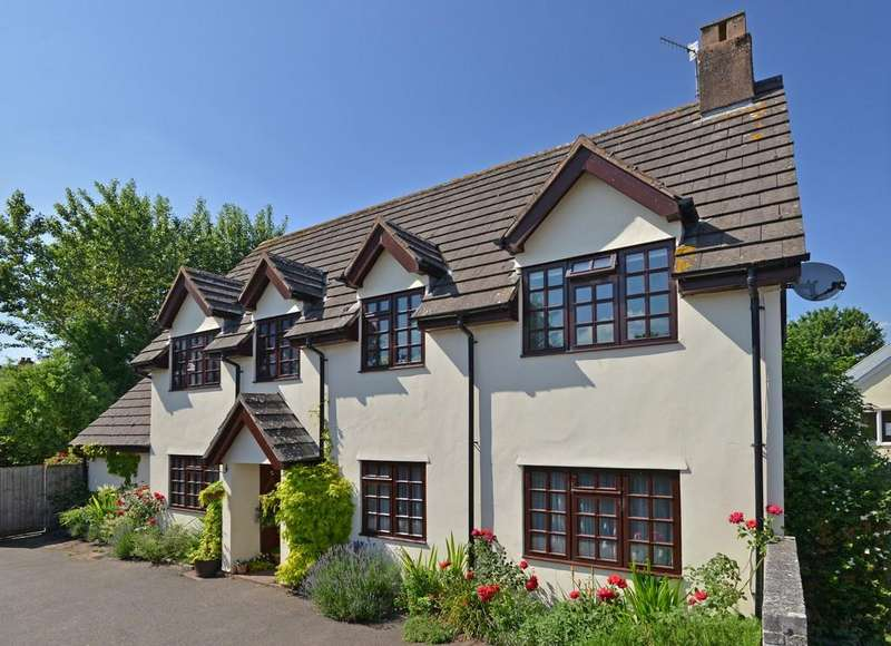 4 Bedrooms Detached House for sale in Fore Street