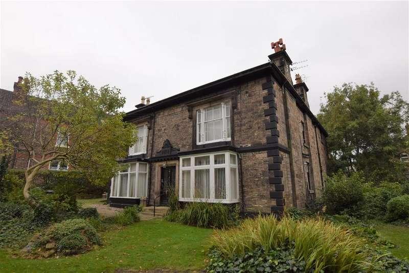 1 Bedroom Detached House for sale in Lowwood Road, Birkenhead